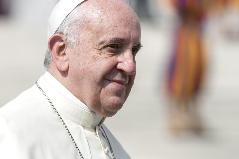 Le pape alerte contre le